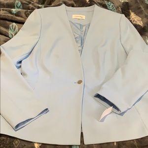 New never worn Calvin Klein blazer. Baby blue sz16